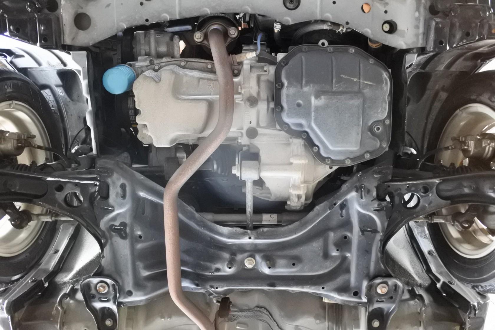 中古車 ムーヴ 車体下エンジン
