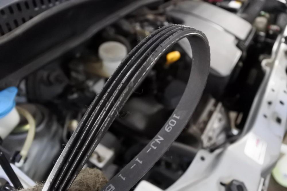 ワゴンR 納車整備 ベルト交換