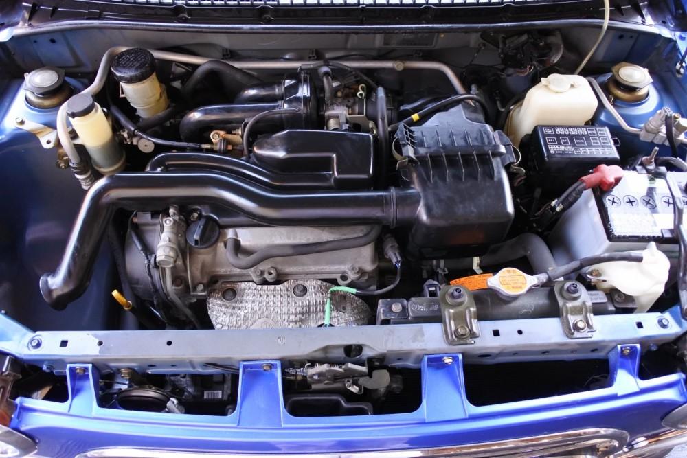 中古車展示 ミニライトスペシャルリミテッド エンジン