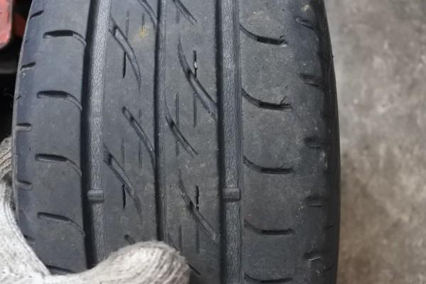 中古車 アトレーワゴン 納車整備 タイヤ