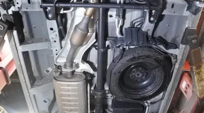 4WD中古車 ミニバン 日産 セレナ